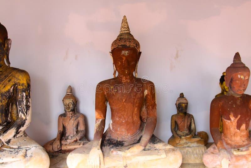 在寺庙的菩萨雕象在泰国 免版税图库摄影