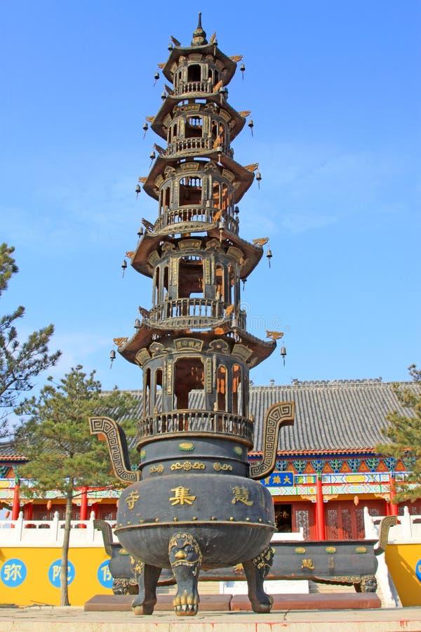在寺庙的香火 免版税库存照片