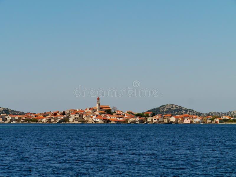 在小岛穆泰尔岛的Betina 免版税库存照片