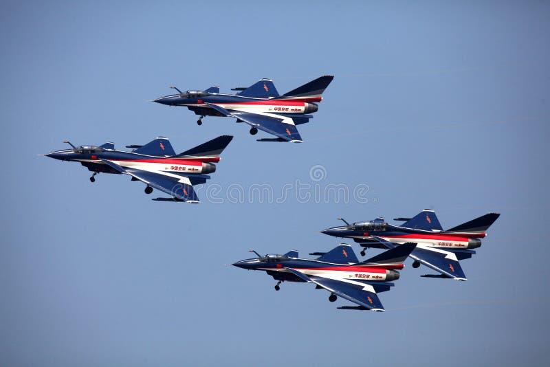 在小组的中国空军J10飞行 图库摄影