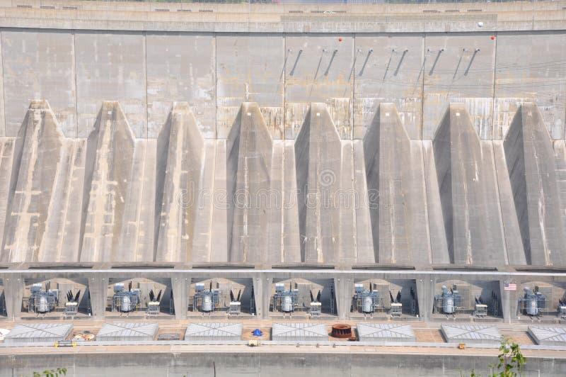 在尼亚加拉瀑布的与氢结合的水坝 图库摄影