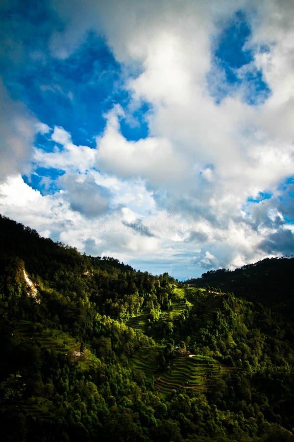 在尼泊尔/西藏borde的Sindhupalchowk区风景 免版税库存图片