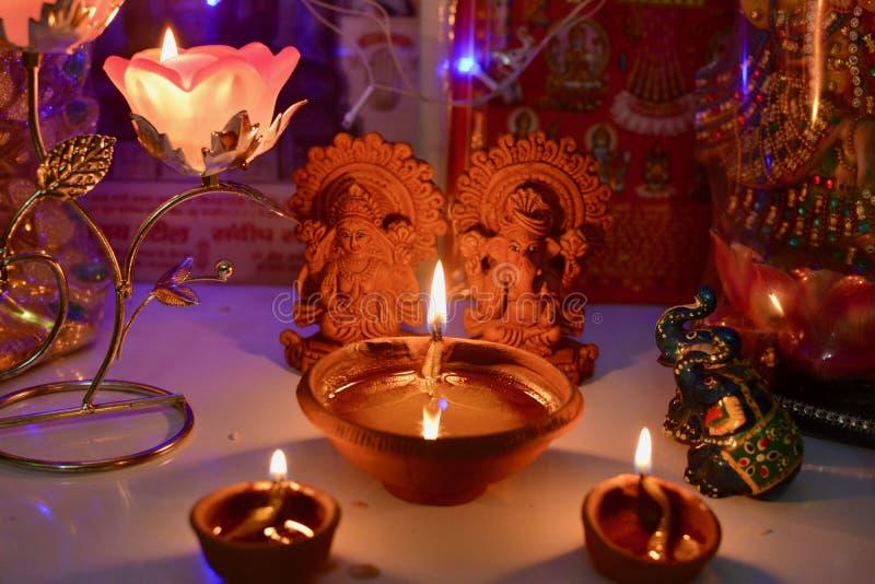 在屠妖节节日的Lakshmi Ganesha pooja 免版税库存图片