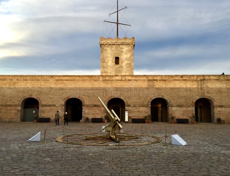 在山上面的城堡在巴塞罗那 库存照片