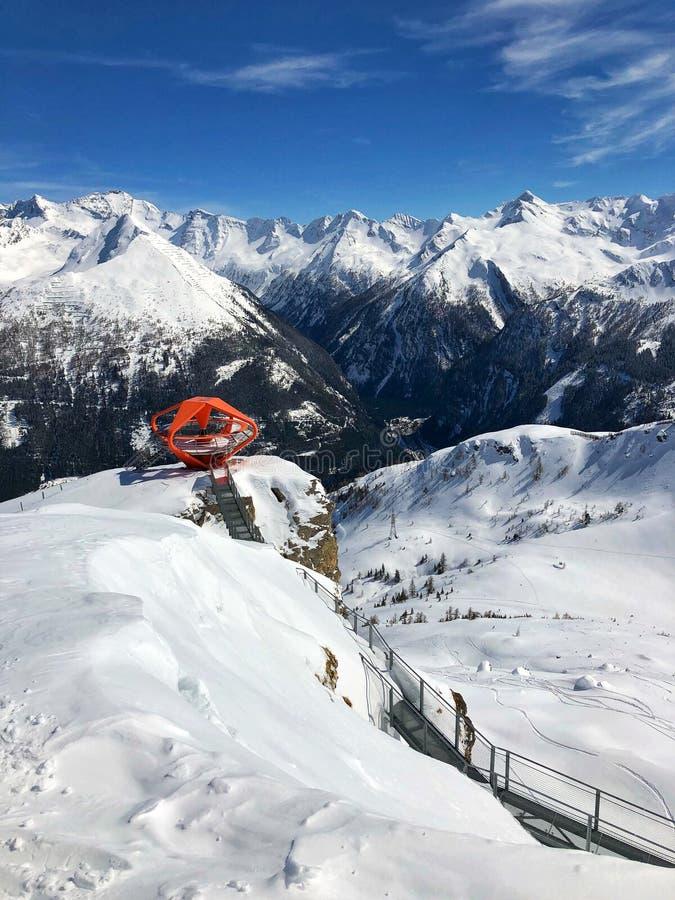 在山滑雪胜地坏Gastein,奥地利的观点 库存图片