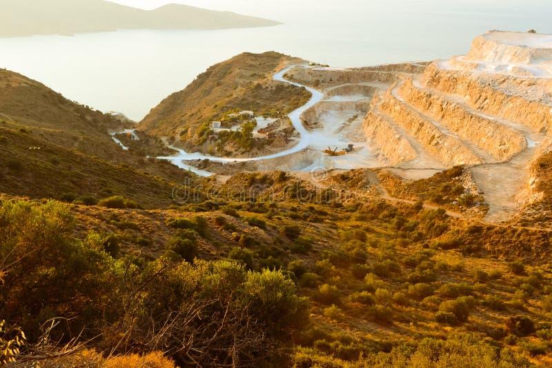 在山的旅行希腊Ð ¡ rit podorozh hory ranok doroha v hory海旅途早晨山路 免版税图库摄影