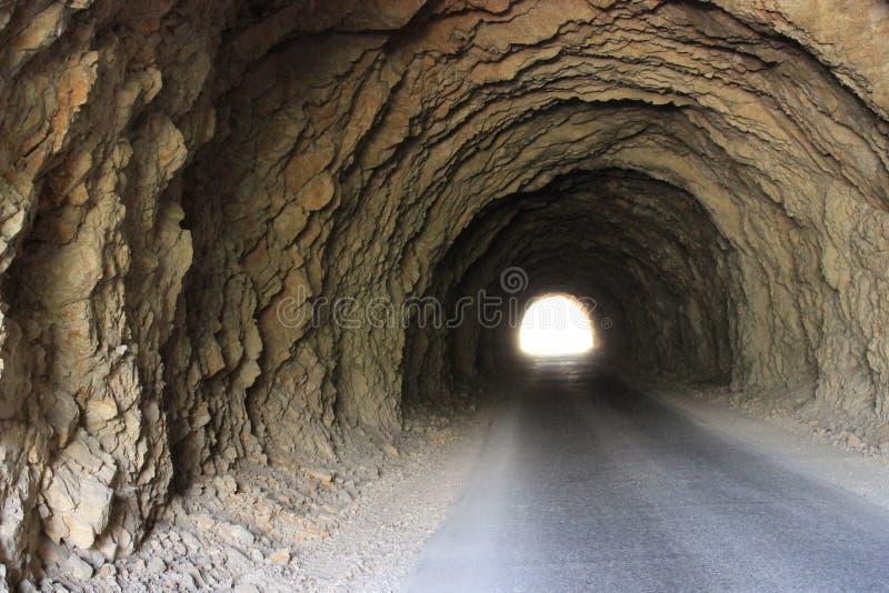 在山的隧道 免版税图库摄影
