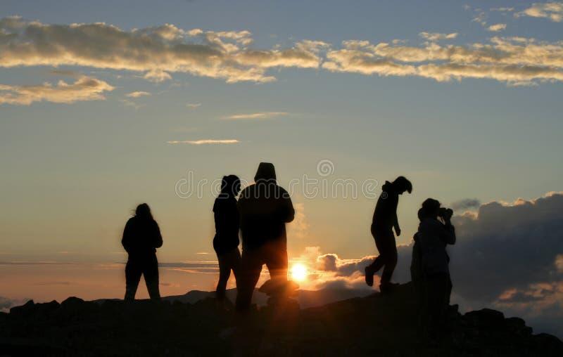 在山顶的小组 免版税图库摄影