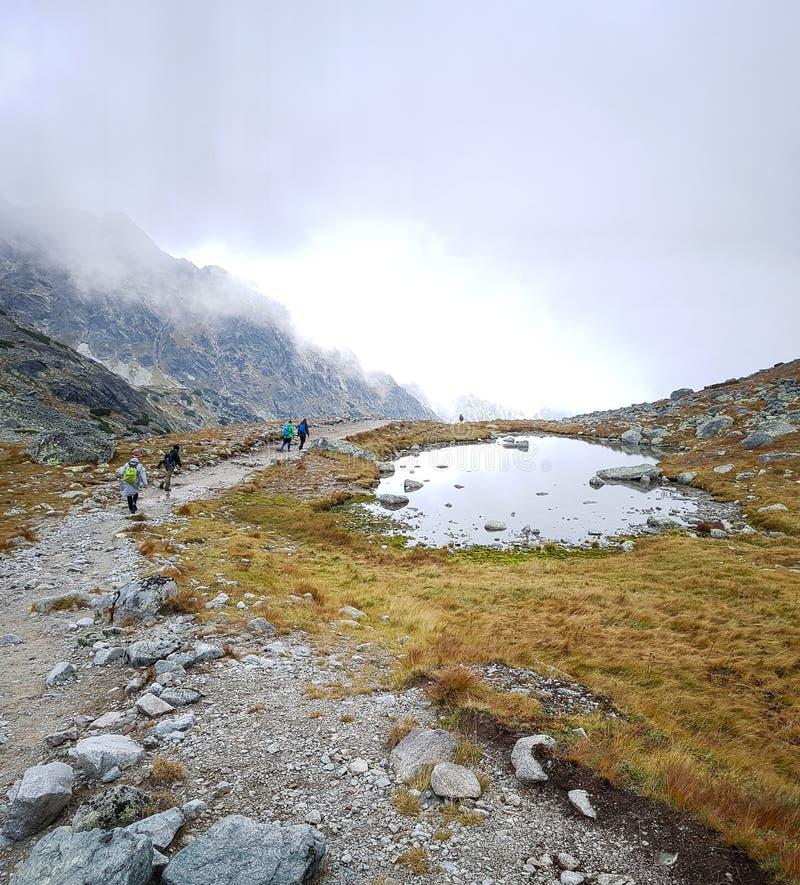 在山顶部的湖 图库摄影