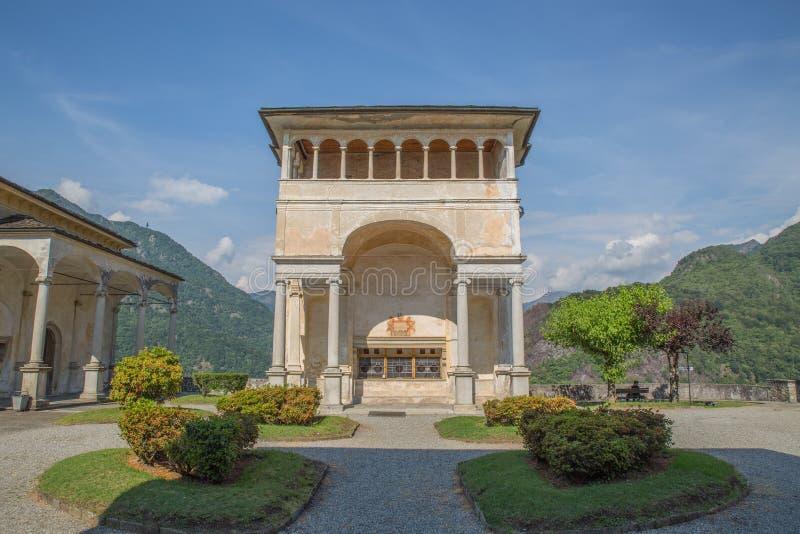 在山麓意大利-台阶的Sacro Monte di Varallo圣洁山-联合国科教文组织世界遗产 免版税库存图片