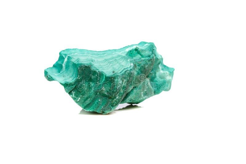 在岩石的宏观矿物石绿沸铜在白色背景 库存图片
