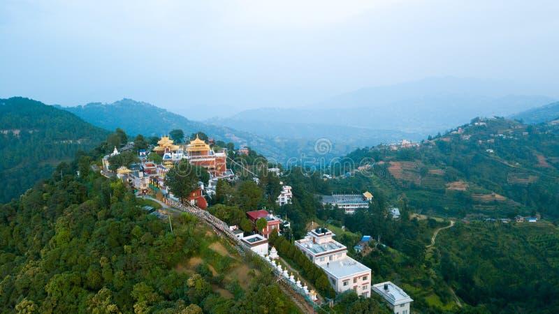 在峰顶在喜马拉雅山范围,尼泊尔上的日出 库存图片