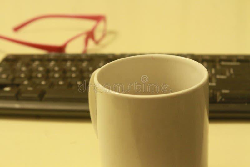 在工作咖啡和没有戏剧 免版税库存照片