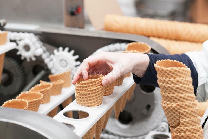 在工厂的冰淇凌 库存图片