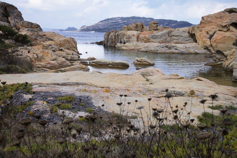 在巴亚特里尼塔的岩石 拉马达莱纳海岛,撒丁岛,意大利 免版税库存图片