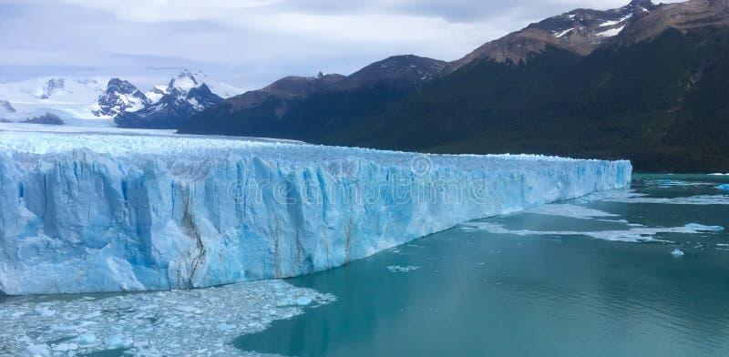 在巴塔哥尼亚的佩里托莫雷诺冰川 图库摄影