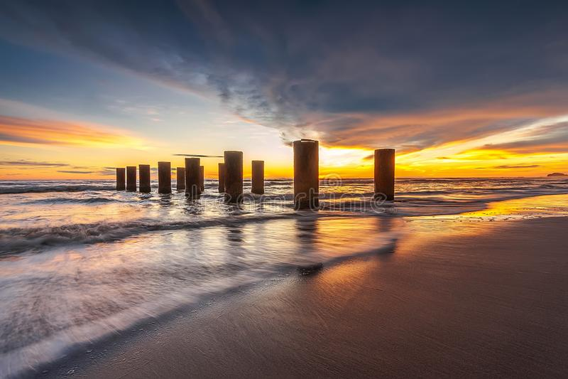在巴淡岛bintan印度尼西亚的美妙的日落片刻 库存照片