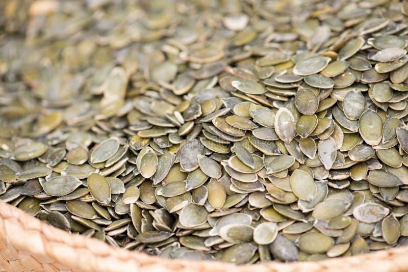 在市场上的南瓜籽 免版税图库摄影