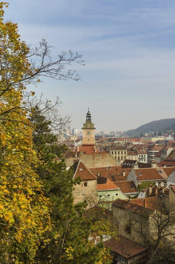 在布拉索夫老镇的顶视图  免版税库存图片