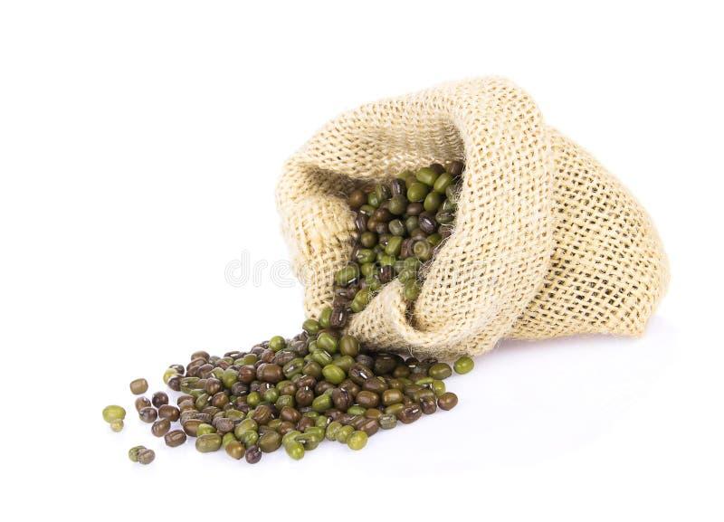 在布料袋子的青豆 免版税图库摄影