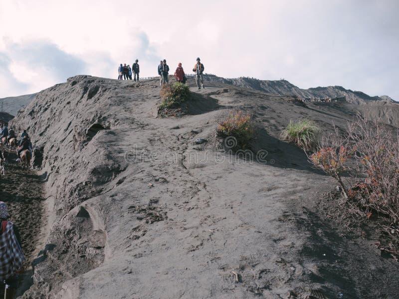 在布罗莫火山山的美丽的景色 免版税库存图片