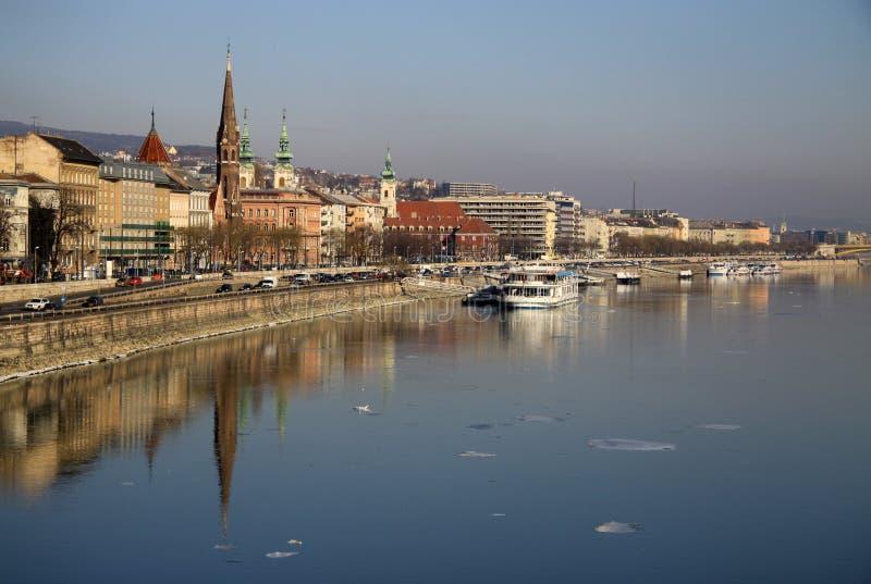 在布达佩斯,匈牙利Buda银行的看法  免版税图库摄影