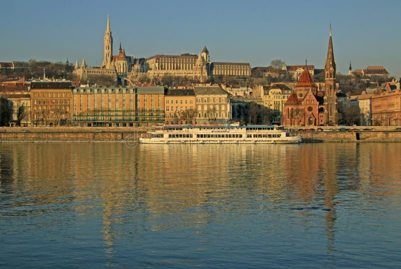 在布达佩斯,匈牙利Buda银行的看法  免版税库存照片