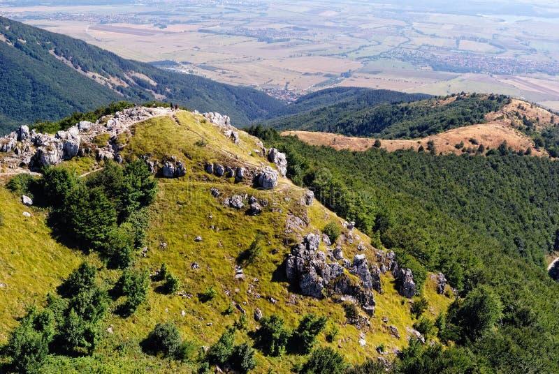 在希普卡山口的保加利亚山 免版税库存照片