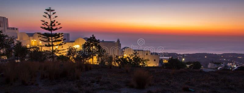 在希腊海岛上的使目炫日出 免版税库存照片