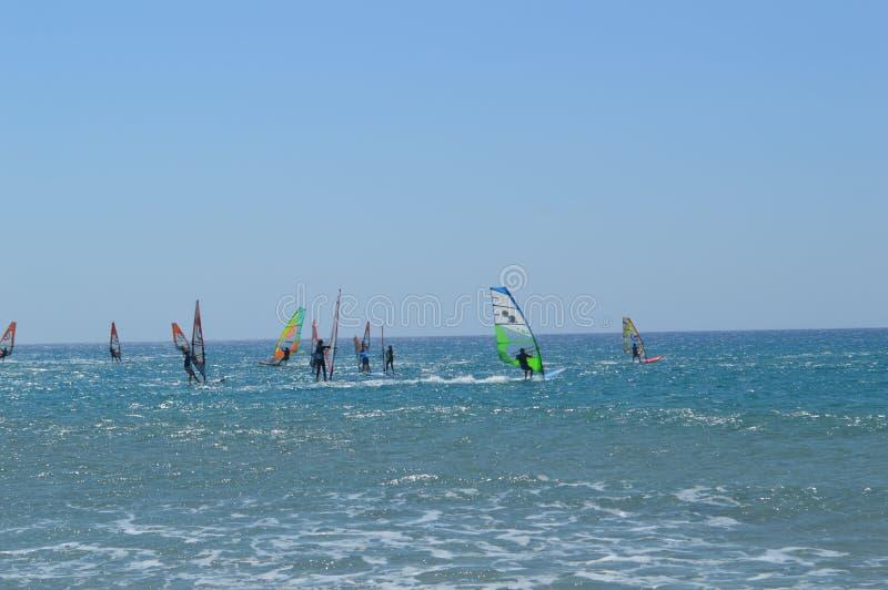 在希腊风帆冲浪 r 库存图片