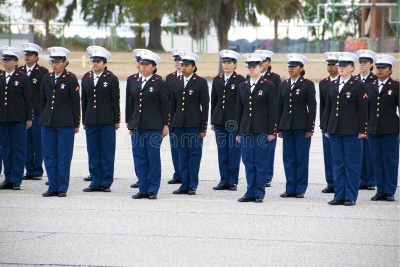 在帕里斯海岛,南卡罗来纳的陆战队海洋女孩毕业 免版税库存图片