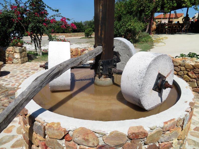 在干尼亚州,克利特附近的橄榄油新闻 库存图片