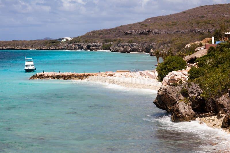 在库拉索岛加勒比岛附近的海岸线视图 免版税库存照片
