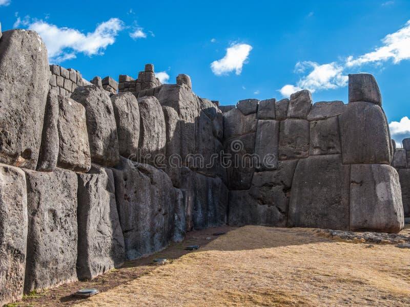 在库斯科,秘鲁附近的Saksaywaman城堡 图库摄影