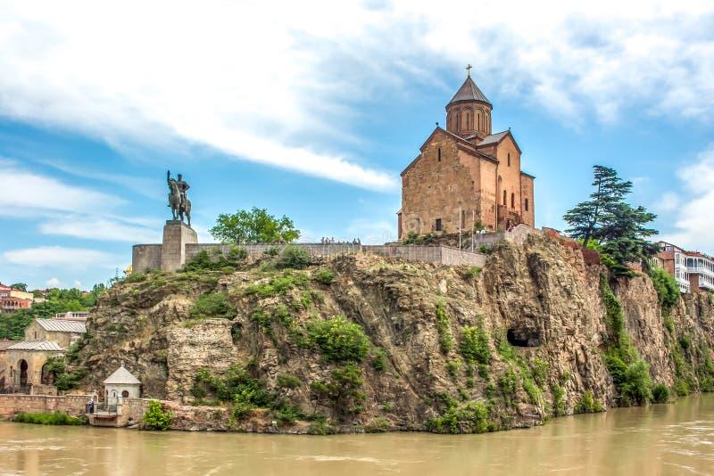 在库那河上的Metekhi教会在第比利斯,乔治亚 免版税库存图片
