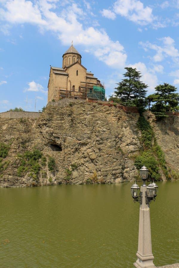 在库那河上的Metekhi教会在第比利斯 库存图片