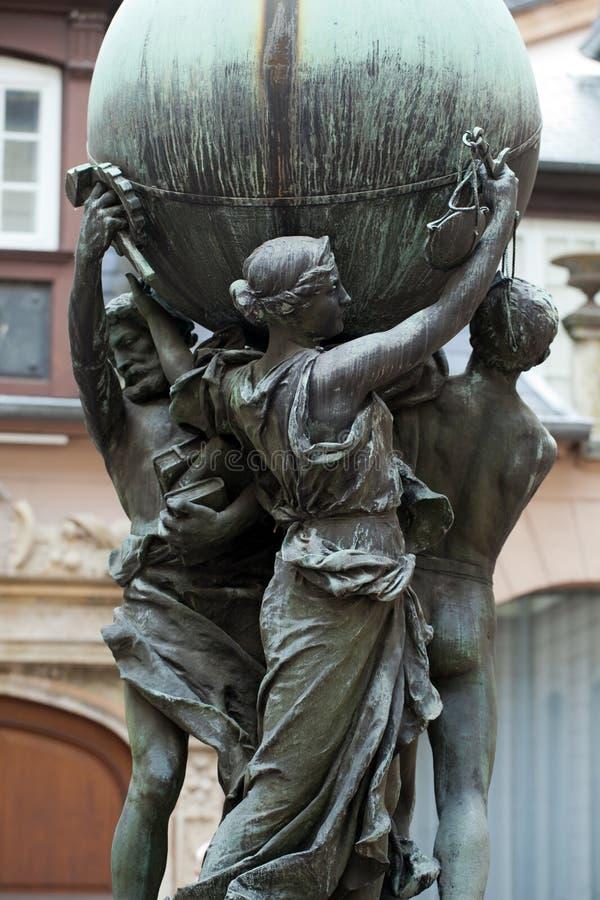 在庭院的雕象博物馆Bartholdi在科尔马 图库摄影