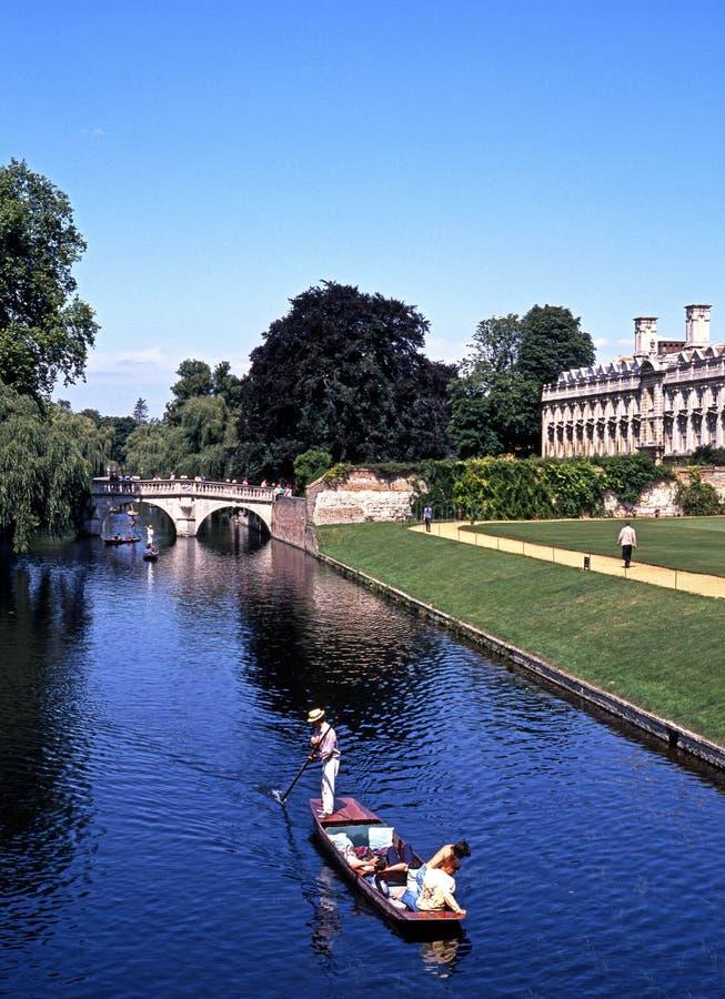 在康河,剑桥的平底船 图库摄影