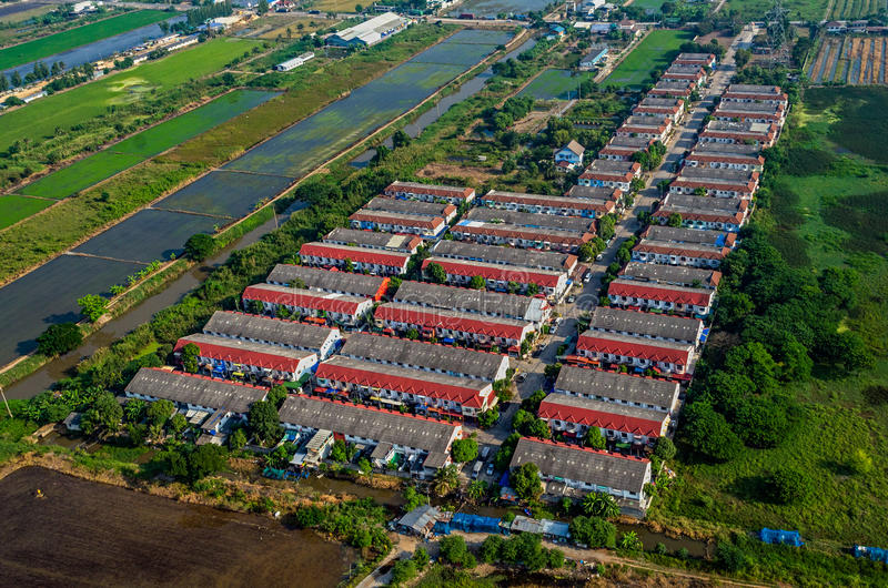 在开辟旷野的农田住房在泰国 库存图片