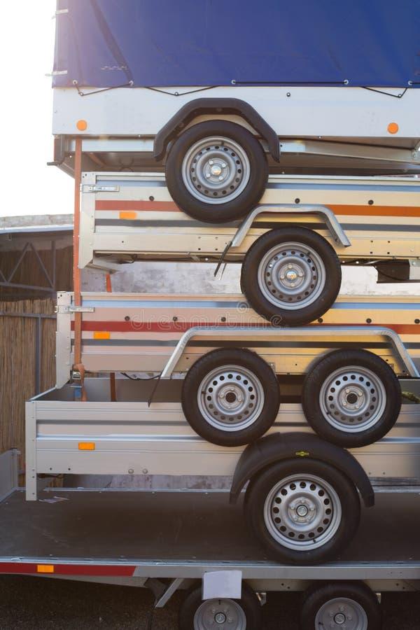 在彼此顶部的拖车 免版税图库摄影