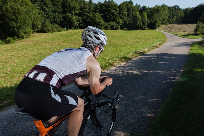 在循环的Triathlete 库存图片