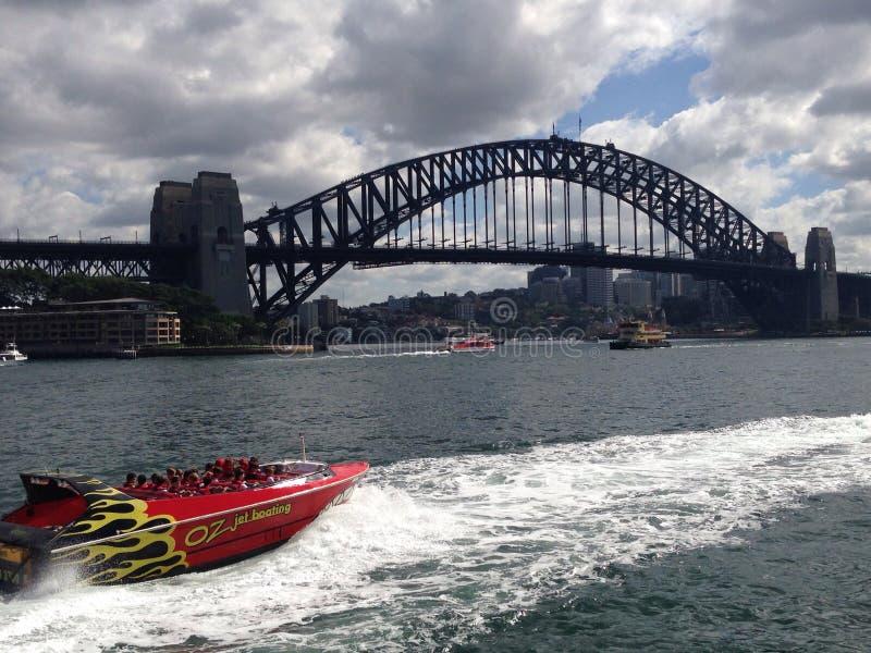 在悉尼港口的喷气机划船 免版税库存照片