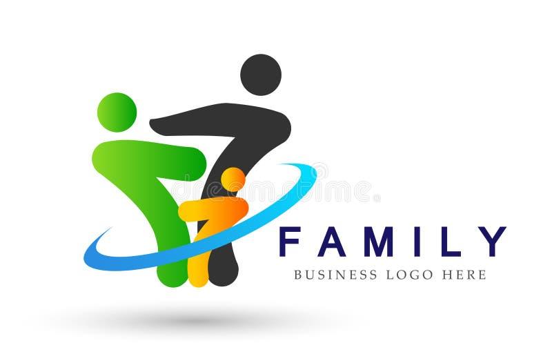在愉快的联合商标的家庭,家庭,父母,孩子,绿色爱,育儿,关心,标志象在白色背景的设计传染媒介 皇族释放例证