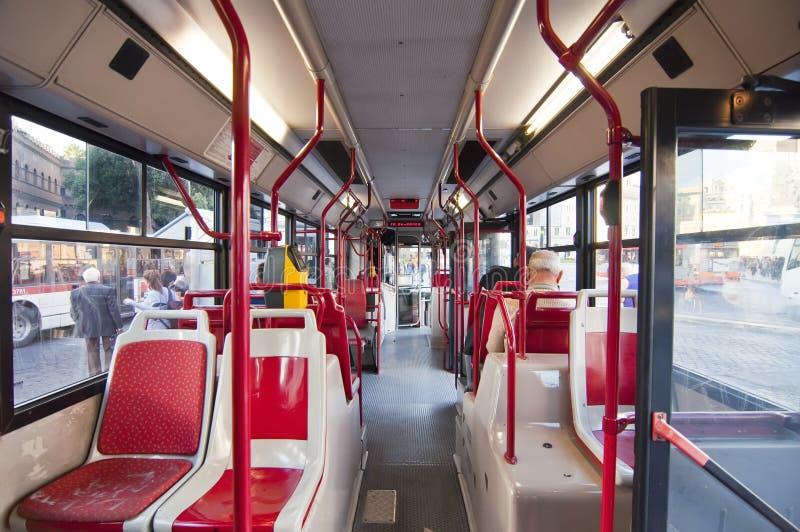 在意大利罗马里面的公共汽车 免版税图库摄影