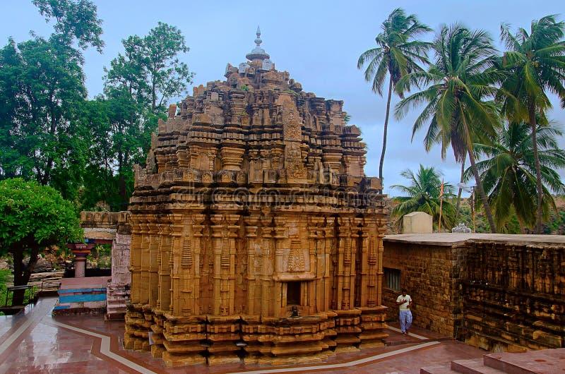 在戈卡克附近的Mahalingeshwara寺庙落,戈卡克, Belagavi,卡纳塔克邦 库存照片