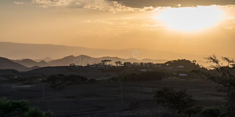 在拉利贝拉,埃塞俄比亚高地的日落  库存照片