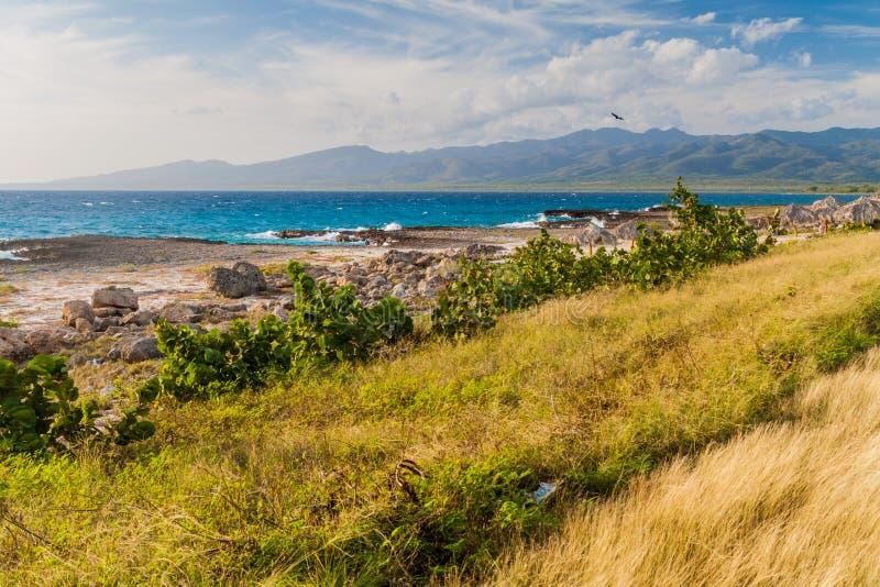 在拉博卡村庄在特立尼达附近,古芝附近的海费用 免版税库存照片