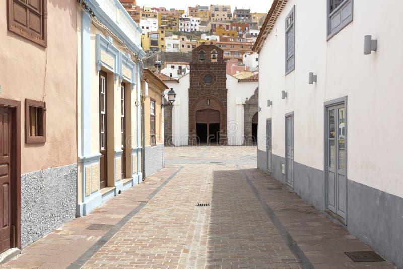 在拉戈梅拉海岛,西班牙上的风景住房门面 图库摄影