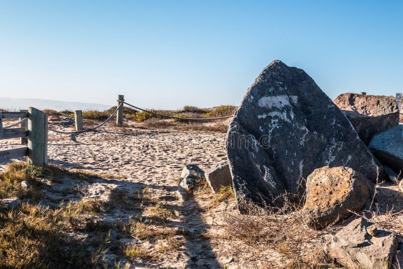 在提华纳河全国港湾研究储备的岩石风景 免版税图库摄影