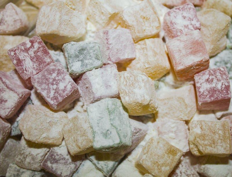 在搽粉的糖的甜,色的葱 免版税库存照片